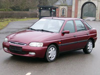 begagnade Ford Escort bilar