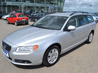 used Volvo V70 cars